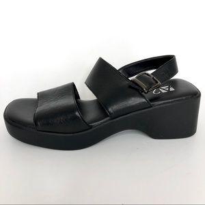 Black Leather chunky heel sandal by aerosoles 6.5B
